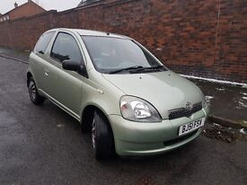 TOYOTA YARIS- Low mileage -Service History- Great First Car!!! PRICE IS NEGOTIABLE :)NEW TYRES:)