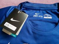 Chelsea home football shirt 2017-18 new with tags