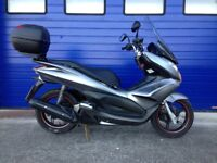 2012 HONDA PCX 125 , LOW MILES , HPI CLEAR ,FULL SERVICE HISTORY , VERY GOOD CONDITION