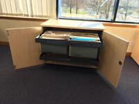 File storage cabinet lockable