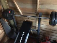 Maxi muscle weight bench and weights