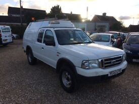 Ford Ranger 2.5 TD 4x4 Super cab fitted with workshop back. 2003 in white.