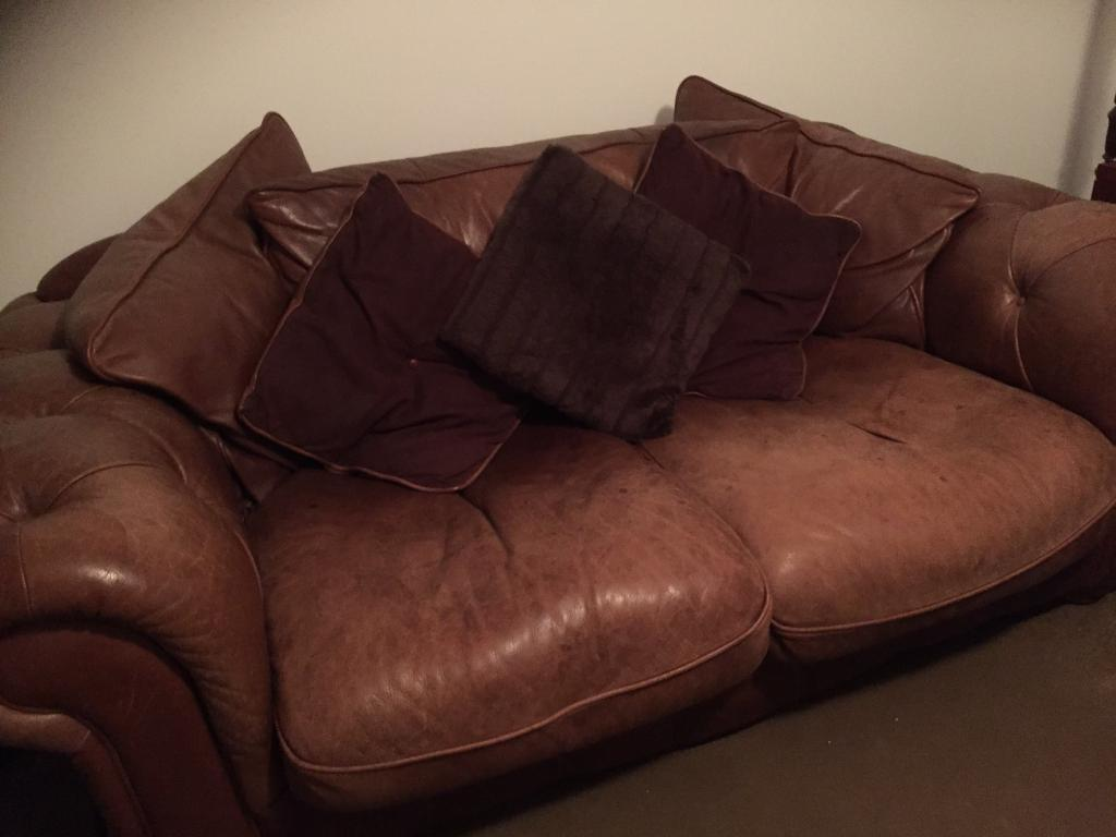 Linda Barker Designer Leather Sofa/Settee