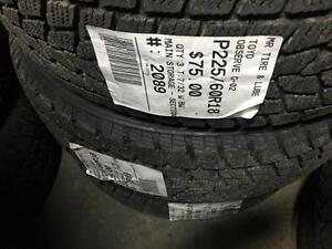225/60/18 Toyo Observe G-02 Plus (Winter Tires*
