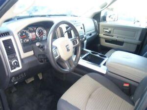2010 Dodge Ram 2500 Hemi 5.7 litres Québec City Québec image 5