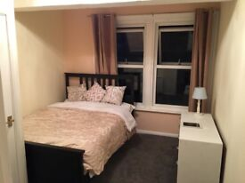 1 BEDROOM FLAT TO RENT let IN CAMBERLEY NEAR MAJOR SHOPS AND BUS ROUTE OFF FRIMLEY PARK