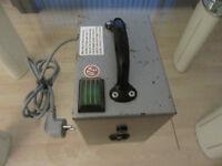TRAMAG 1000VA 220V/230V to 110V - Step Down Transformer EU/UK plug and adaptors.