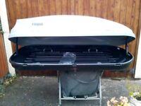Thule car top box