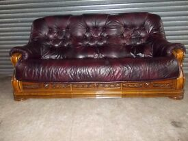 Oxblood 3-2-1 Leather Oak Frame Suite