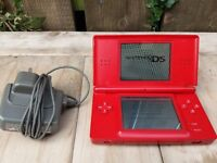 RED NINTENDO DS LITE.