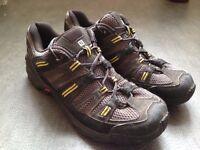 Salomon boots ¦ size 9.5 UK