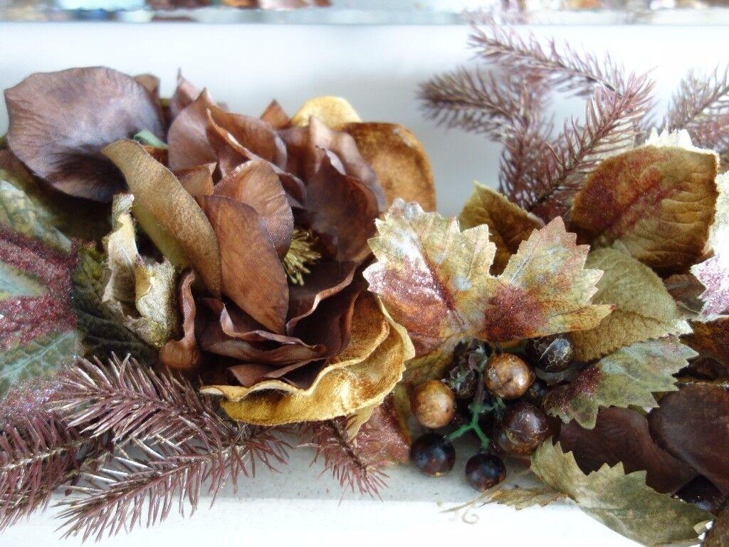 Stunning Decorative Christmas Centrepiece BNWT!!