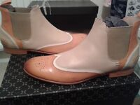 Beautiful Melvin and Hamilton shoes ladies