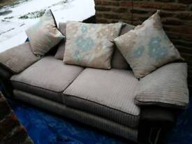 OFFERS 3 seater settee