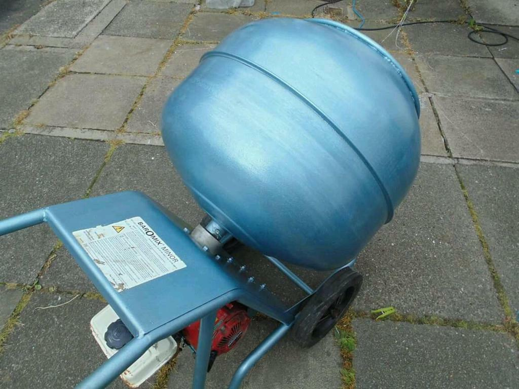 Baromix minor cement mixer in kilmarnock east ayrshire for Cement mixer motor for sale
