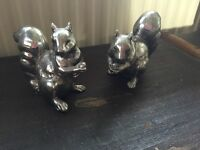 Shabby chic style squirrel ornaments