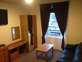 CITY CENTRE LUXUARY ROOMS AVAILABLE NOW NEW TOWN BOTTOM OF DUNDAS STREET BRANDON TERRACE SAFE AREA