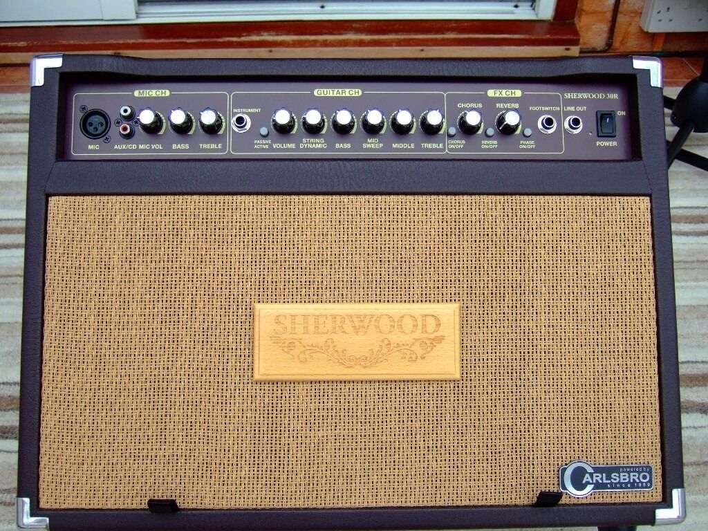 Carlsbro Sherwood 30r Acoustic Guitar Amp With Mic Input As New