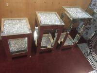 CRUSHED DIAMOND TABLES
