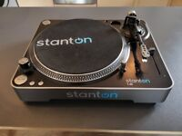 Stanton T62 Turntable / Record Player