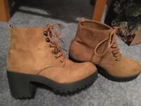 Tan boots size 5