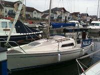 jaguar 21 yacht on braked trailer ,lifting keel ,good condition