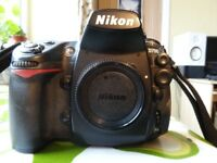 Nikon D700 FX Full Frame Pro Camera (Body only)