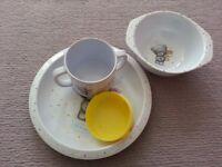 Melamine crockery set