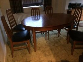 Dinning Room table c/w 6 chairs