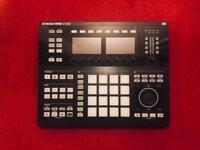 Native instruments Maschine Studio and Komplete selection