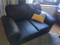 *EXCELLENT CONDITION LEATHER 2 SEATER*