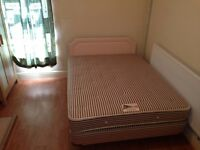 DOUBLE ROOM TO LET, LARGE, MODERN AND FURNISHED, QUIET HOUSE WITH BILLS INCLUDED, GOOD AREA