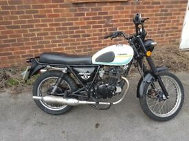 Sinnis xf125gy-2d new mot only 17 mileage