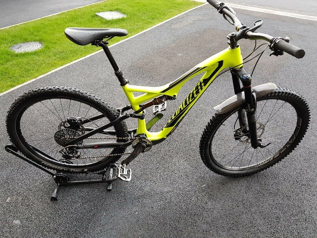 a201c587620 2016 Specialized StumpJumper FSR Expert Carbon Evo 650b/27.5 Mountain Bike