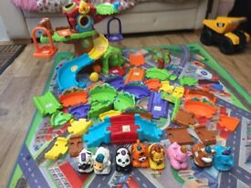 Toot toot animal bundle. Great condition!