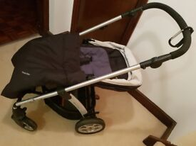 Travel system mamas and papas sola pram plus maxi cosi cabriofix carseat