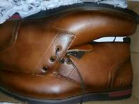 HUGO BOSS BOOTS SIZE 8 TAN