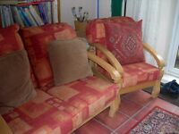 conservetory 3 piece suite ( 2 seater sofa 2 armchairs )