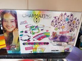 Charmazing bracelet making set