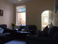 4 double beds student house near SellyOak train station only £78pppw B29 6JX