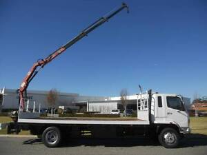 Mitsubishi 8 Tonne truck with rear mounted crane. Welshpool Canning Area Preview