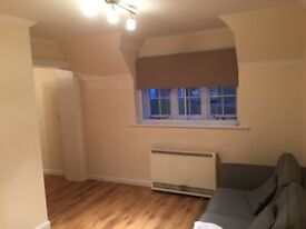 Superb One Double Bed Flat to rent, 500 yards from Guildford High St and mainline train station