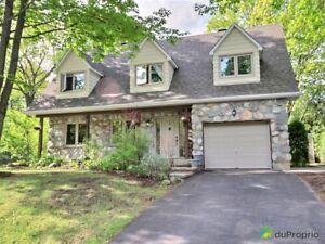 489 000$ - Maison 2 étages à vendre à Lorraine