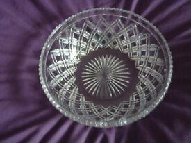 Lovely cut glass crystal fruit bowl