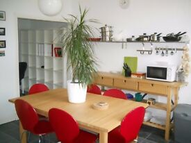 1 bedroom furnished 2nd floor flat to rent. Garthland Drive, Dennistoun