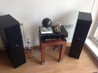 Stereo system with speakers for free! Moving abroad must go