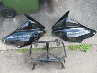 SUZUKI BANDIT 1200/600 MK2 FAIRING PANELS AND FAIRING BRACKET