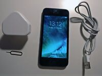 iPhone 5 16GB Unlocked with charger and usb cable