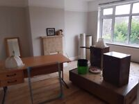 Newly renovated 3 bedroom house in Palmers Green within 10 minutes walking distance from transport