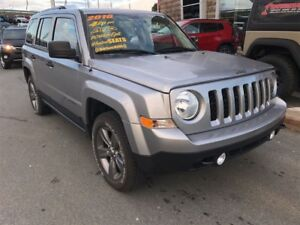 2016 Jeep Patriot GET A CHRISTMAS GIFT WITH EVERY VEHICLE PURCHA